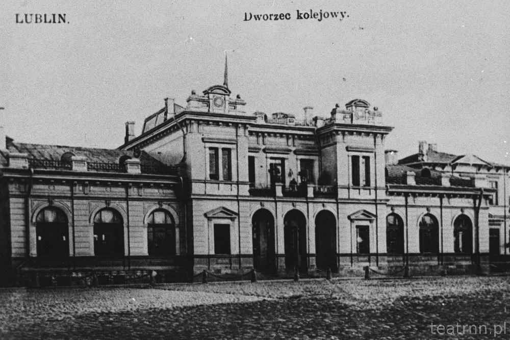 140.4 dworzec kolejowy pocz.XXw._kopia
